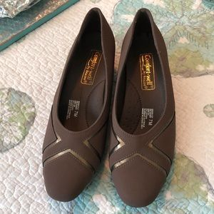 Comfort-well by Beacon NWOT shoes